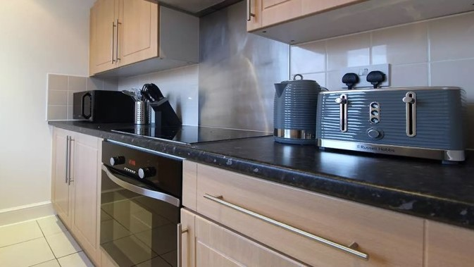 108-three-colt-street-kitchen2